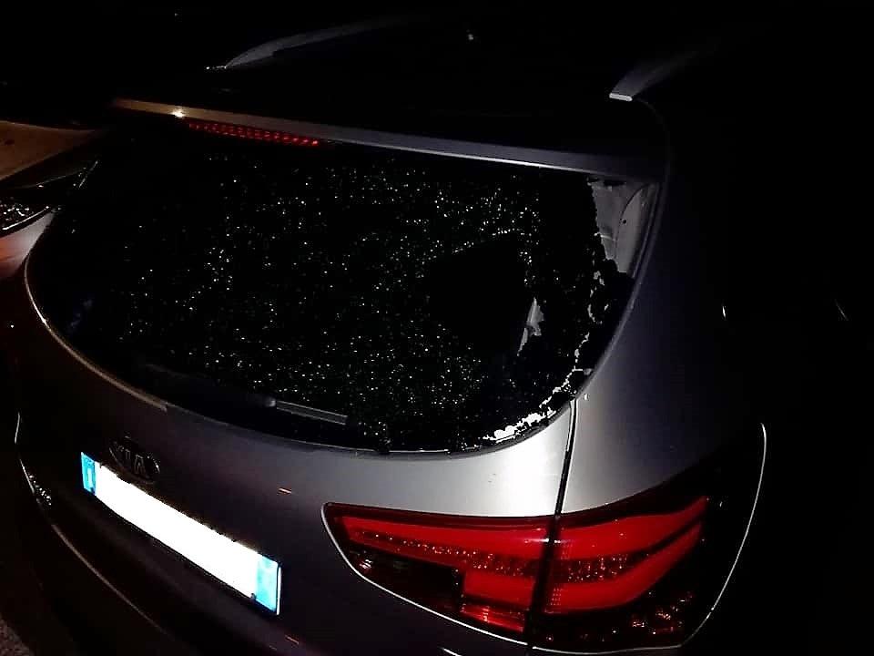 vandalismo auto rancio (1)-2