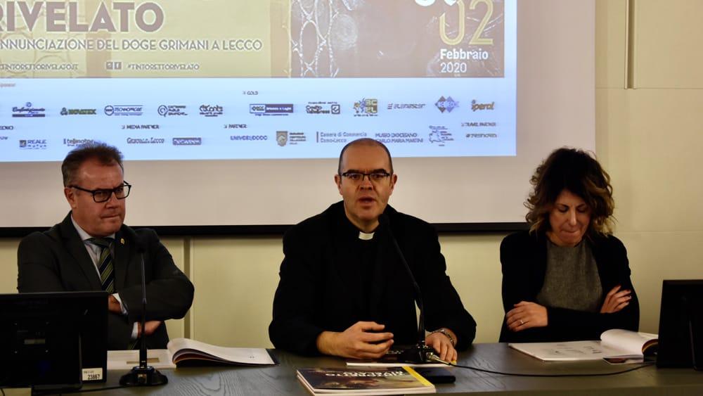 Il sindaco Virginio Brivio, Mons. Davide Milani e l'assessore Simona Piazza-2