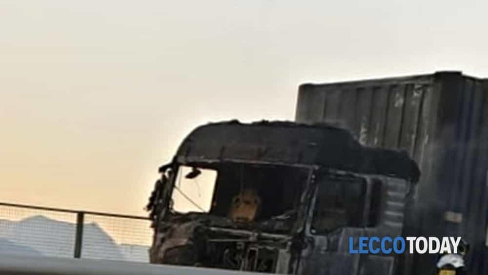 incendio camion ponte Manzoni statale 36 25 ottobre 2019