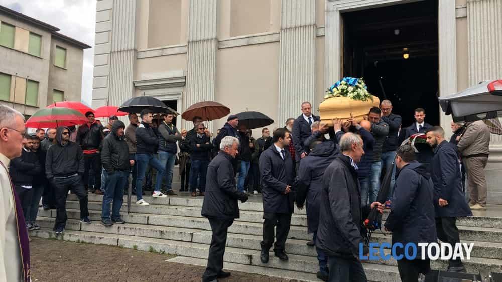 funerale daniele della bella 18 maggio 2019 (4)-2