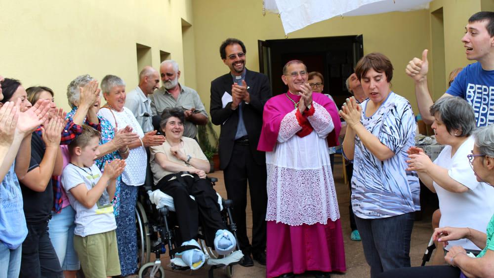visita arcivescovo introbio (4)-2