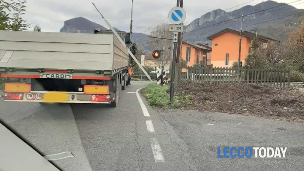 Incidente passaggio a livello Calolziocorte (8)-2