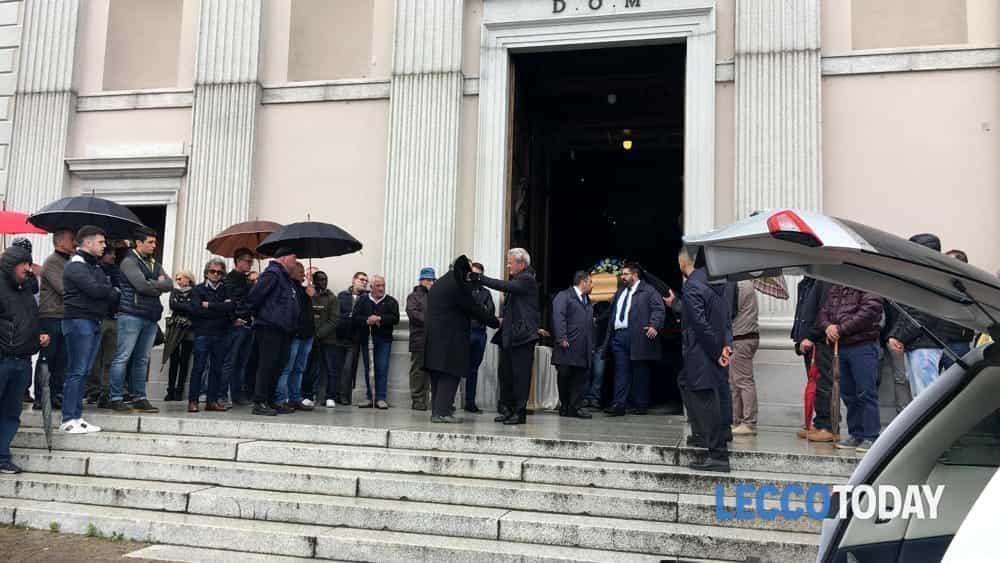 funerale daniele della bella 18 maggio 2019 (3)-2