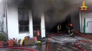 incendio Galbiate capannone (1)-3