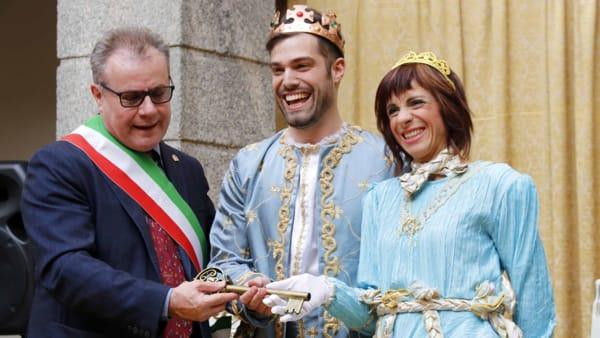 Sindaco, Mario e regina-2