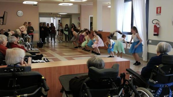 Olginate casa di riposo danza-2