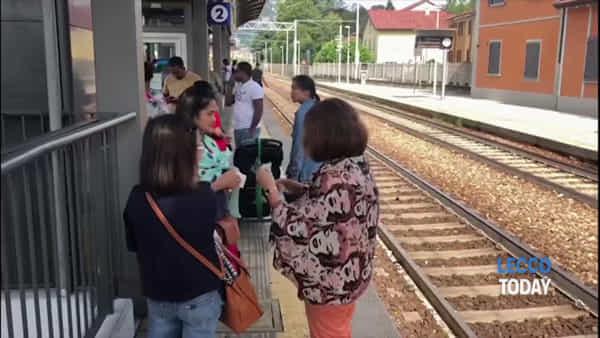 Treni annullati causa maltempo: un'altra odissea per i viaggiatori della Milano-Lecco