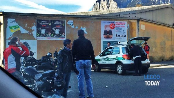 Incidente all'incrocio via Foscolo-via Tonale