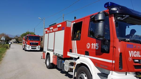 incendio costa masnaga  via brascesco pompieri vigili del fuoco (3)-2