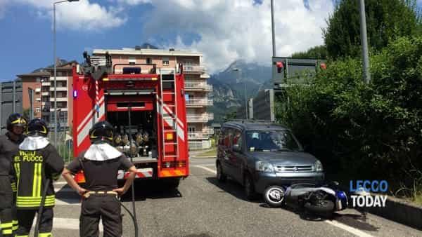 incidente auto moto via dell'eremo (1)-2