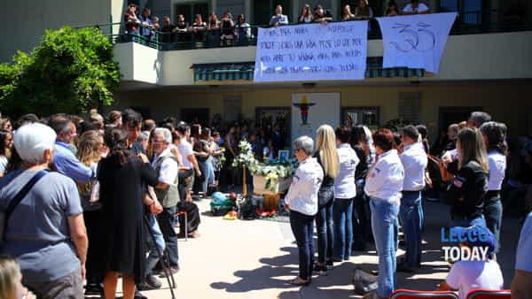 funerali giovane alex crippa (5)-3