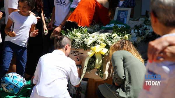 funerali giovane alex crippa (1)-3
