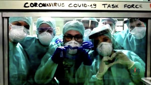 «Non c'è più tempo»: il video degli infermieri non lascia spazio alle interpretazioni