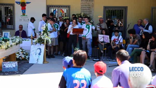funerali giovane alex crippa (3)-3