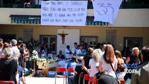 funerali giovane alex crippa (4)-3