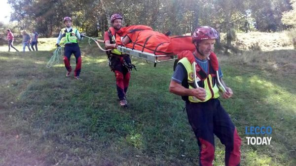 Infortunio in mountain bike, ciclista recuperato dal Soccorso alpino a Mello