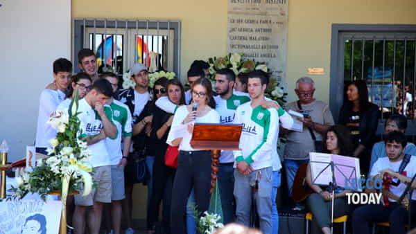 funerali giovane alex crippa (2)-3