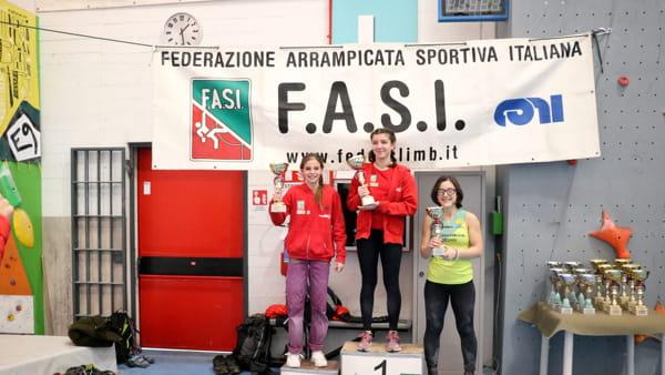 Podio Giulia Passini prima e Valentina Arnoldi seconda 49226005118_340aa64c00_o-2