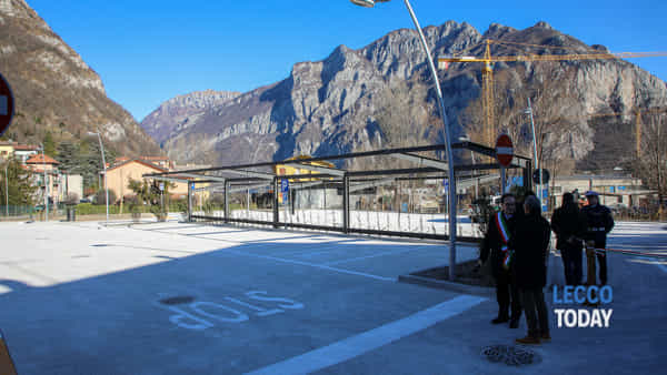 inaugurazione parè parcheggio valmadrera 12 febbraio 202010-2