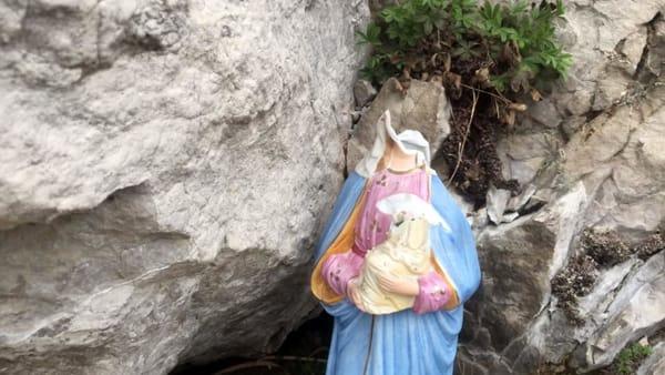 statua madonna sasso della vecchia monte barro distrutta foto saul ripamonti (1)-2