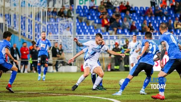 Calcio Lecco, tre schiaffoni a Novara: non basta un buon primo tempo, nel finale è tracollo