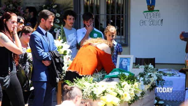 funerali giovane alex crippa (7)-3