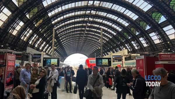 """Region says """"no"""" at the Milano Centrale stop on the Lecco-Milan.  Foreigner: """"He chose the majority"""" thumbnail"""