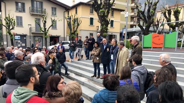 Protesta piazza Calolzio 8-2