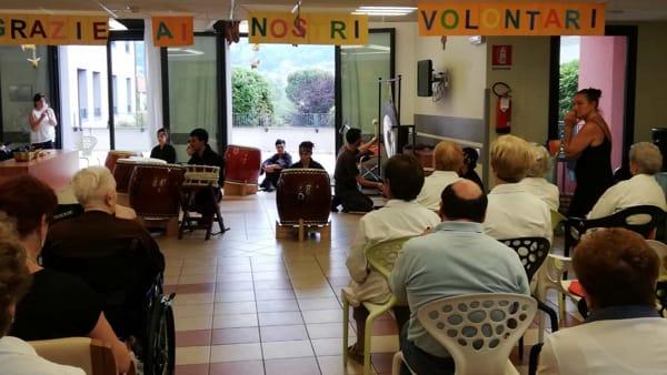 Casa di riposo grazie volontari-2